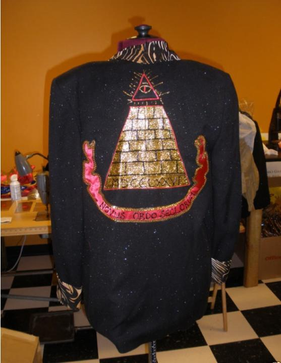 DIY pyramid jacket