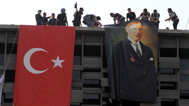 Turkish Police Descend on Anti-Government Protesters