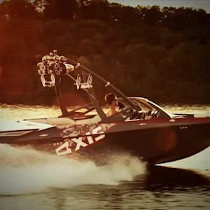 Wakeboard Boat Review: 2013 Axis A20 Recon Edition