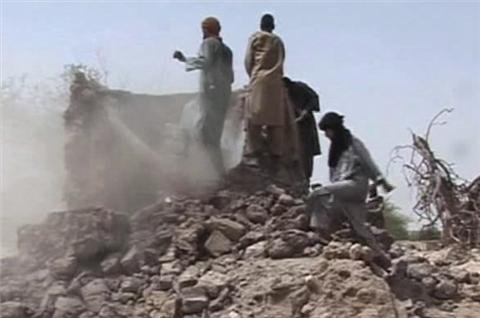 Fighters in Mali destroy more Timbuktu tombs
