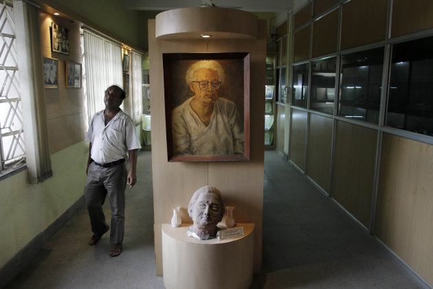 A portrait of Indian scientist Satyendranath Bose, is displayed at the Bangiya Vigyan Parishad or the Bengal Science Society founded by Bose in Kolkata, India, Tuesday, July 10, 2012. While much of the world was celebrating the international cooperation that led to last week&#39;s breakthrough in identifying the existence of the Higgs boson particle, many in India were smarting over what they saw as a slight against one of their greatest scientists. Media covering the story gave lots of credit to British physicist Peter Higgs for theorizing the elusive subatomic &quot;God particle,&quot; but little was said about Satyendranath Bose, the Indian after whom the boson is named. (AP Photo/Bikas Das)