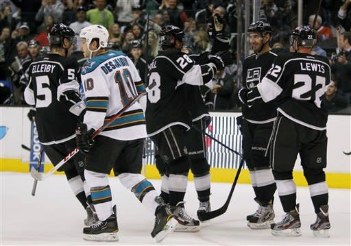Clifford's 2 goals help Kings beat Sharks 5-2