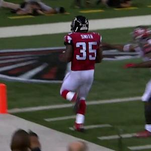 Atlanta Falcons running back Antone Smith runs for 38-yard touchdown