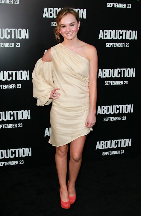 Abduction LA Premiere 2011 Madeline Carroll
