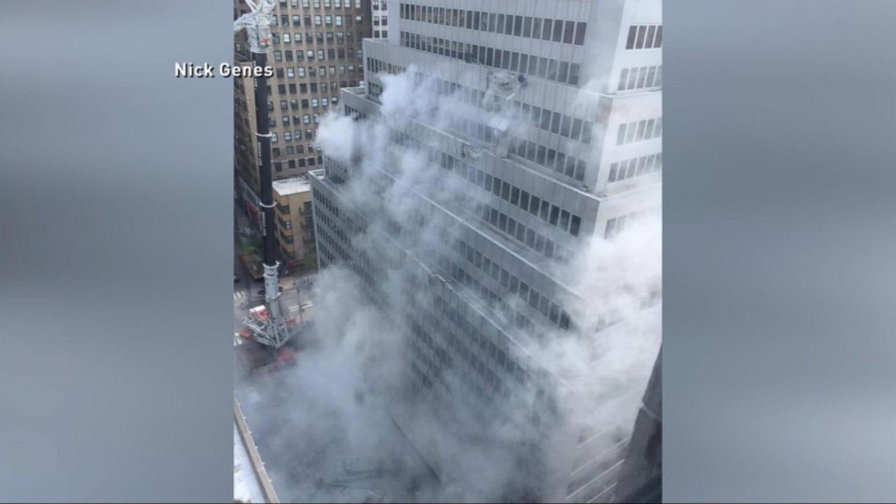 12-Ton Industrial Air Conditioner Falls From Skyscraper in New York