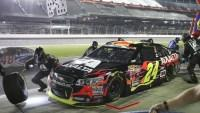Jeff Gordon says new tire changer brings air-gun knowledge