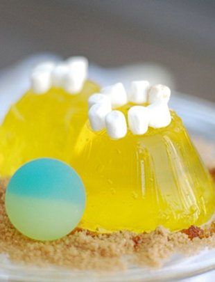 Simple Jell-O Sandcastles