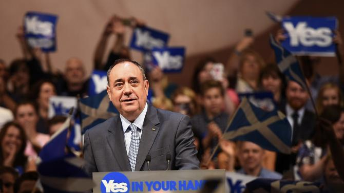 Scotland's First Minister Alex Salmond speaks at a 'Yes' campaign rally in Perth, Scotland