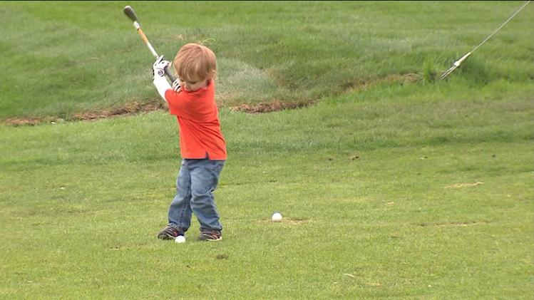Addison boy is golf prodigy at 2-years-old