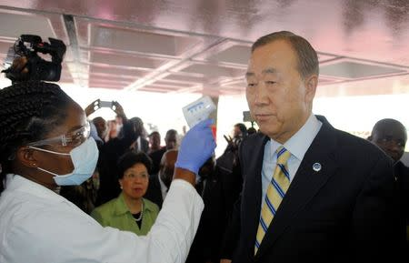 UN chief, visiting Ebola region, urges respect for health rules