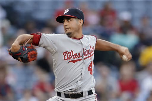 Hudson homers in 200th win as Braves beat Nats 8-1