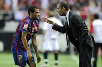 Alves: Comparisons to Guardiola's Barcelona unfair
