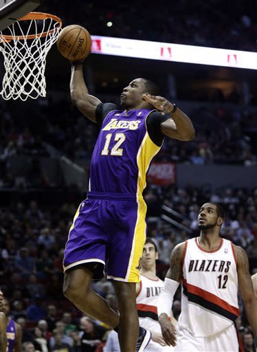 Bryant has 47 in Lakers' 113-106 over Blazers