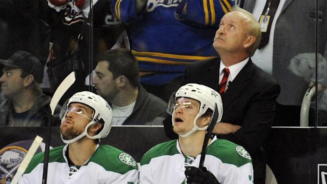 Stars hang on for 4-3 win over Sabres