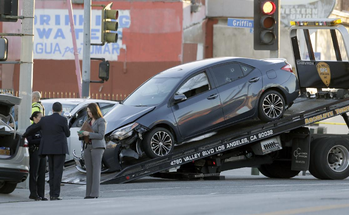 4 arrested after driver shot in car on Los Angeles street