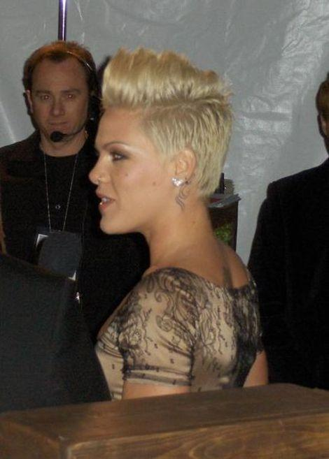 Pink Shows Off Amazing Post Baby Weight Loss: Plus Other Celebrity Moms Who Shed the Pregnancy Weight - Yahoo omg!