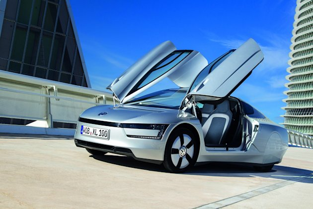 The VW XL1 will be powered by a tiny 800cc diesel engine and a separate electric motor (SWNS)