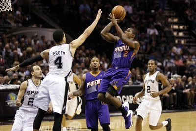 NBA schedule and results: Spurs travel to Phoenix to take on Suns