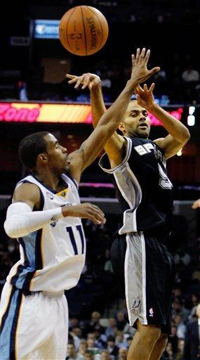 Parker, Duncan lead Spurs past Grizzlies 89-84