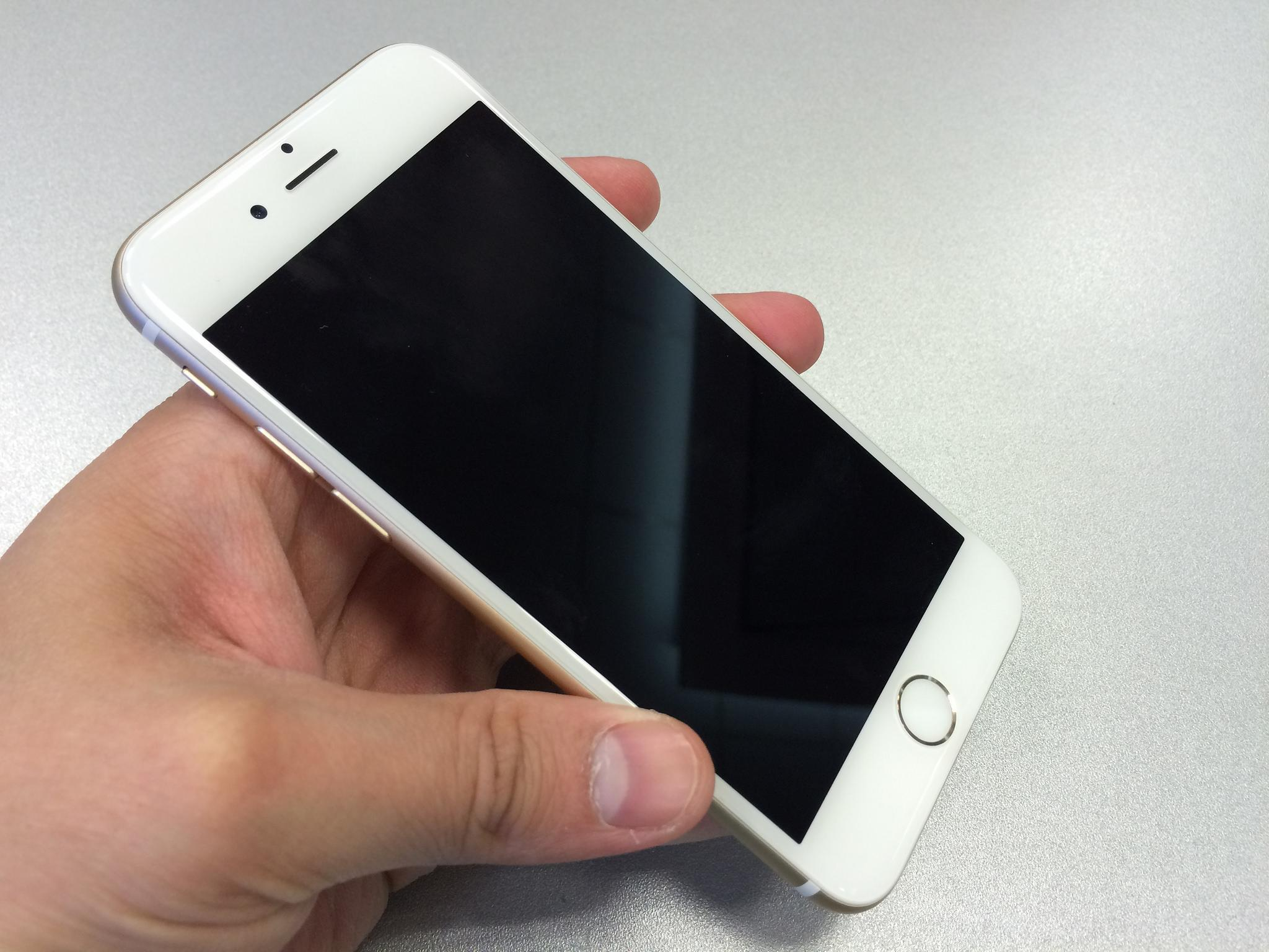 iPhone 6 Users Are Not Cool With Burning Hot Touch ID Buttons