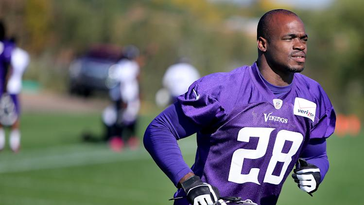 Peterson active for Vikings vs. Panthers