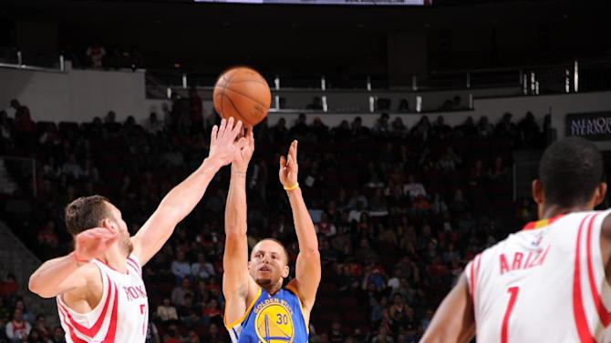 Curry has 34, Warriors beat depleted Rockets 98-87