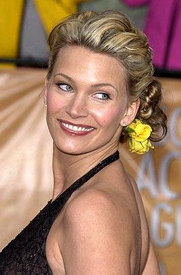 Natasha Henstridge Screen Actors Guild Awards 2/22/2004