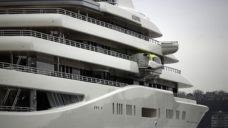 World's Biggest Yacht Berthed In New York City
