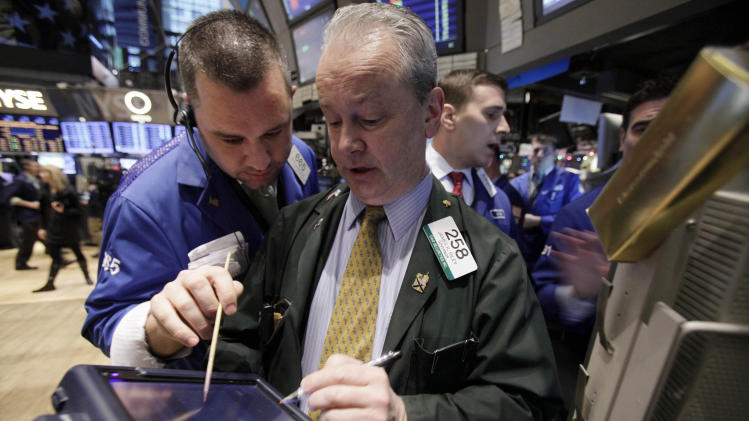 After many ups and downs, stocks end flat for 2011
