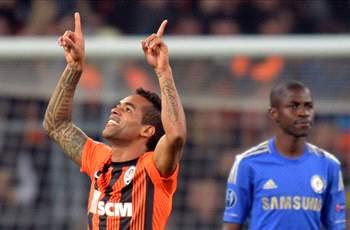 Shakhtar Donetsk 2-1 Chelsea: Holder humbled by Alex Teixeira and Fernandinho strikes