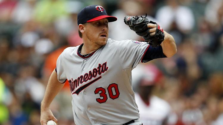 Correia goes 7 sharp innings, Twins top White Sox