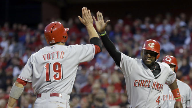 Cardinals rally past Reds 7-5