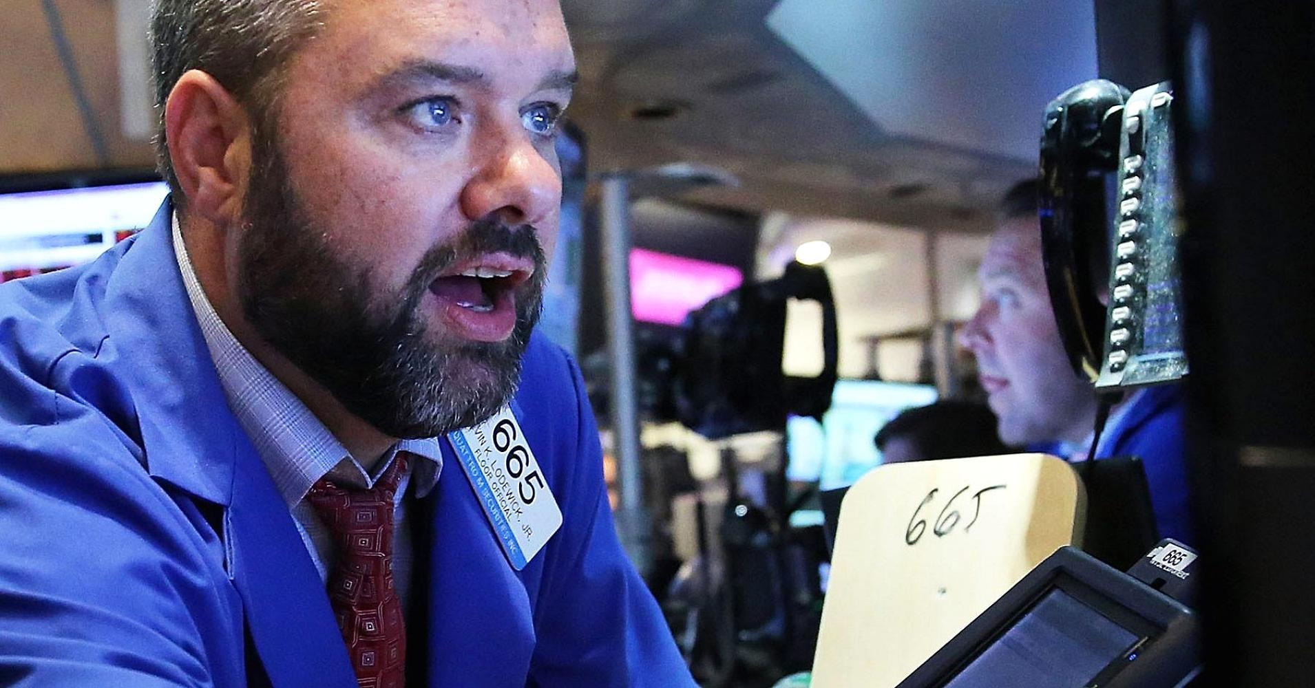 Early movers: DE, HRL, BXLT, TIVO, WMT & more