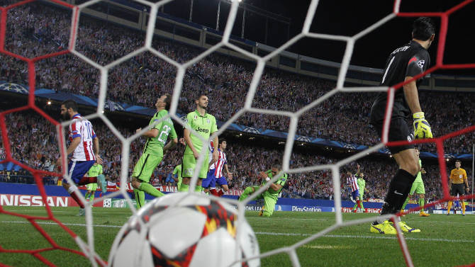 Madrid wins late, Liverpool loses in Champs League