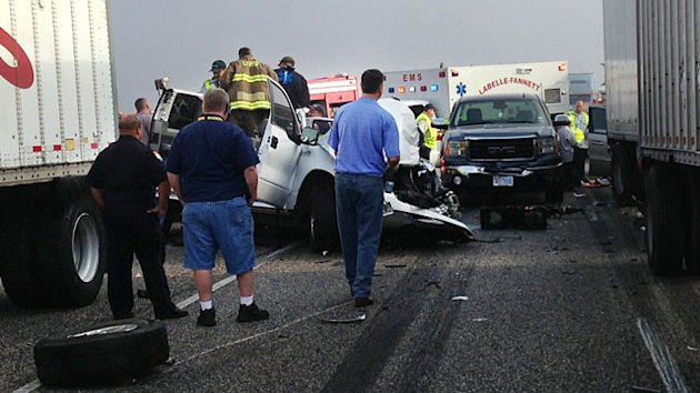 2 Dead, Dozens Hurt in 100-Car Pileup (ABC News)