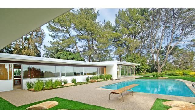 Midcentury marvel owned by Vidal Sassoon 12