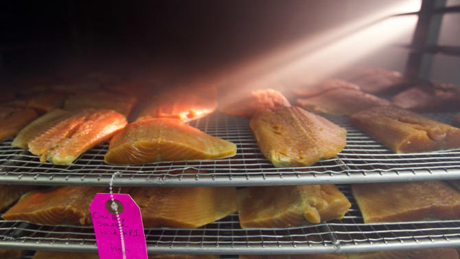 Americans eating more smoked seafood products