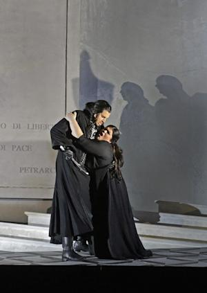 "In this undated photo provided by the Santa Fe Opera, Luca Pisaroni, left, and Leah Crocetto perform in the Santa Fe Opera production of Rossini's ""Maometto II."" (AP Photo/Santa Fe Opera, Ken Howard)"
