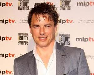 John Barrowman to Host Celeb Singing Series