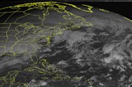 &lt;p&gt;               This NOAA satellite image taken Tuesday, December 25, 2012 at 10:45 AM EST shows a low pressure system over the Southern Plains and Lower Mississippi Valley moving into the Southeast with rain and thunderstorms. Snow and snow showers over the Central Plains and Mid Mississippi Valley. Farther north, snow showers are seen over northern New England. (AP PHOTO/WEATHER UNDERGROUND)