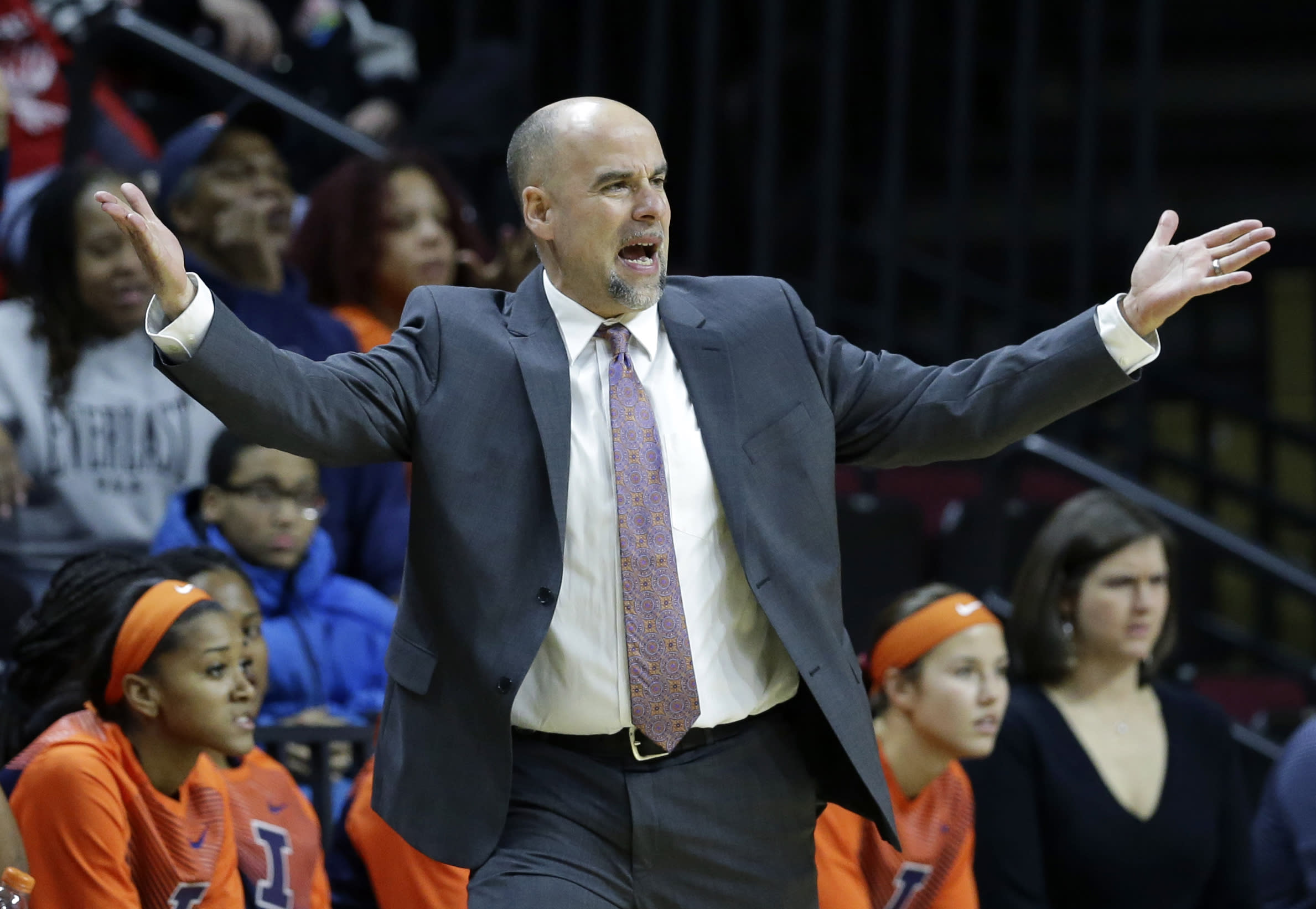 New investigation launched into Illinois player allegations