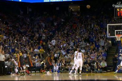 Stephen Curry knew this shot was good, started celebrating immediately