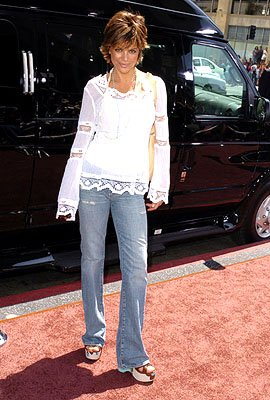 Lisa Rinna at the LA premiere of Warner Bros. Pictures' Charlie and the Chocolate Factory