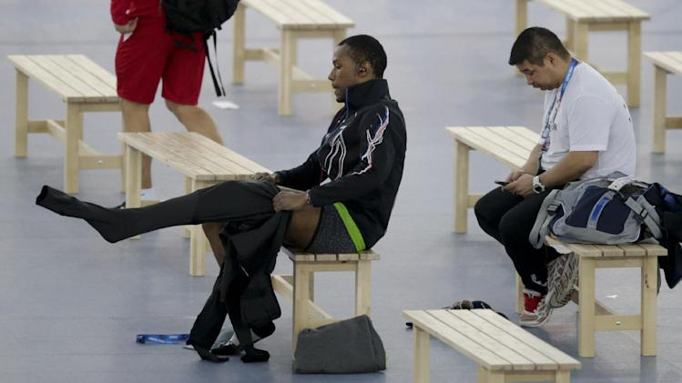 US changing suits after dismal speedskating start