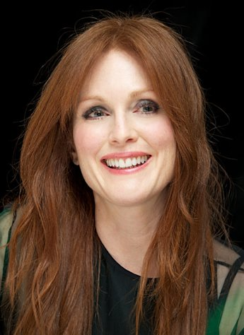 Julianne Moore Named the New Face of L&#39;Oreal