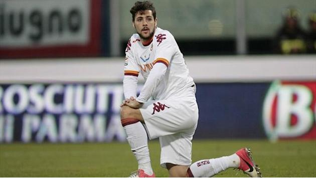 Serie A - Nine-man Roma go through amid ugly scenes