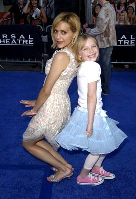 Brittany Murphy, Dakota Fanning