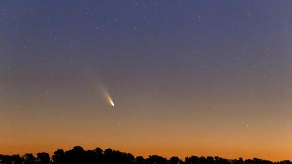 Bright Comet Pan-STARRS in Night Sky: How to See It