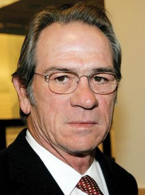 Paramount Wins Again in Investor Dispute Over Tommy Lee Jones Payout