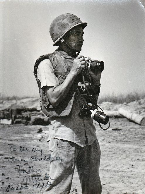 This 1972 photo provided by Quynh Thai shows former Vietnamese photographer Le Minh Thai during the battle of An Loc in Vietnam during the war in Vietnam. Thai, a photojournalist who covered the Vietnam war for U.S. media outlets, died on Oct. 10, 2014. He was 93. The eldest son of a merchant family in Vietnam's ancient port city of Hoi An, Minh went on to become a member of the Saigon press corps who first worked for The Associated Press and later for Time-Life magazine, covering his country's civil war. (AP Photo/Quynh Thai)